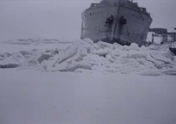 Eiskalt im HAfen von KArlshamn .... Schifffahrtsmuseum
