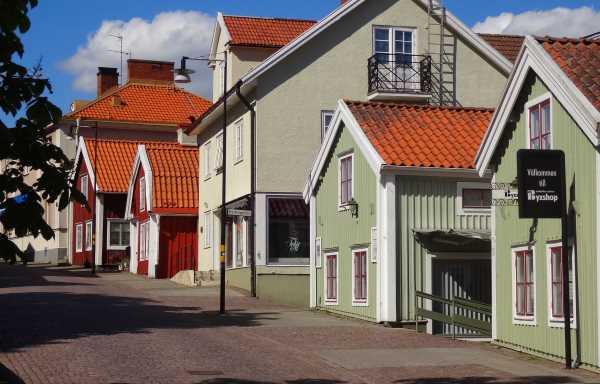 Einkaufsmeile in Mönsteras