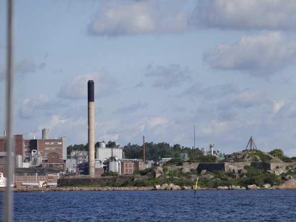 Einfahrt nach Karlshamn - die Stadt des Speiseöls
