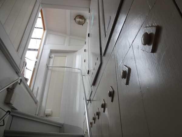 """Treppenhaus an Bord der Brigg """"Tre Kronor"""""""