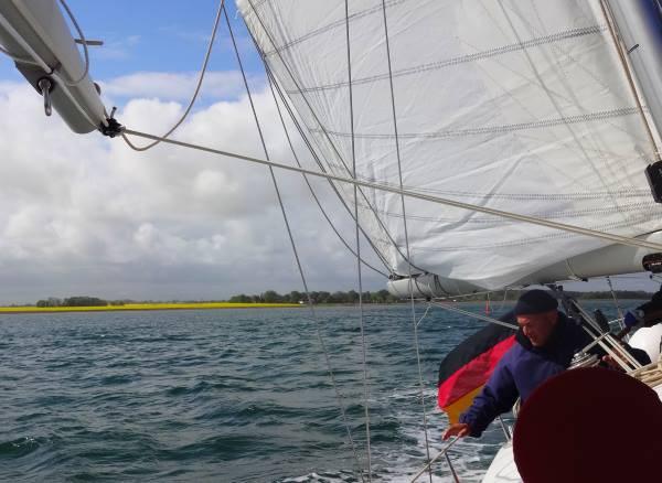 Barther-Bodden-segeln_apri16